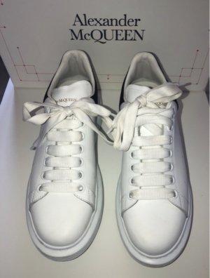 Alexander McQueen Basket à lacet blanc-noir