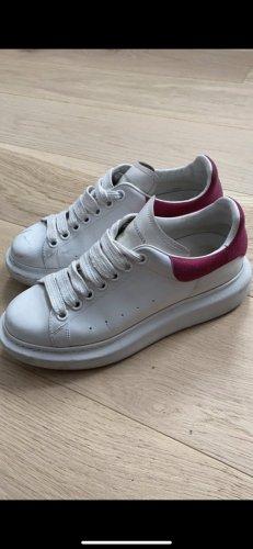 Alexander McQueen Sneakers met veters wit-roze