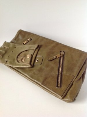 Alexander McQueen Clutch olive green-sand brown leather