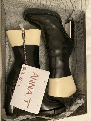 Alexander McQueen Botki czarny-biały Skóra