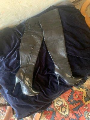 Alexander McQueen overknee boots