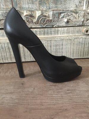 Alexander McQueen Peep Toe Pumps black