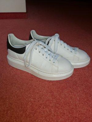Alexander McQueen Lace Shoes white-black