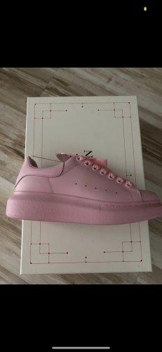 Alexander McQueen Sneaker stringata rosa