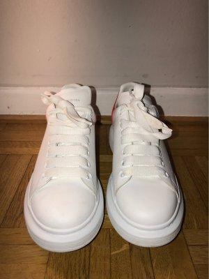 Alexander McQueen Zapatilla brogue blanco