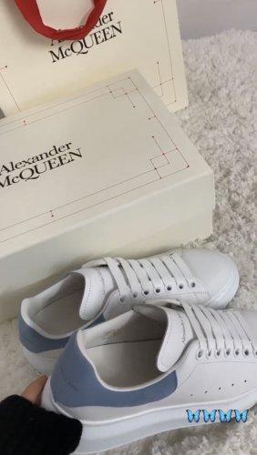 Alexander McQueen Lace-Up Sneaker white-azure