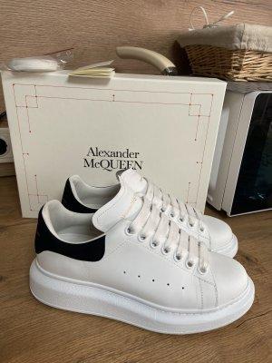 Alexander McQueen Trampki na platformie biały-czarny Skóra