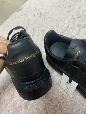 Alexander McQueen Baskets semelle plateforme  noir