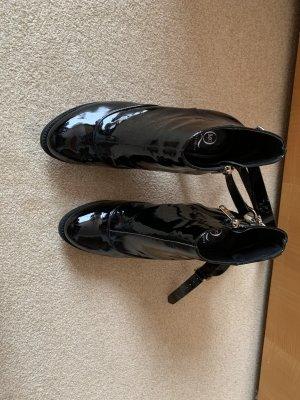 Alexander McQueen Botki z zamkiem  czarny Skóra