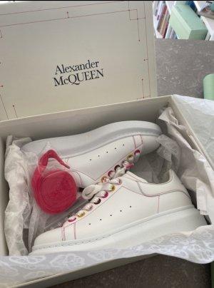 Alexander McQueen Baskets semelle plateforme  blanc cuir
