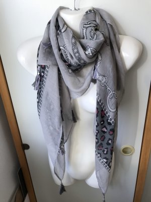 Alexandra Shoulder Scarf grey