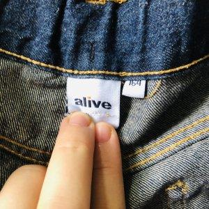 Alive Short blauw