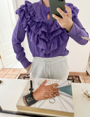 All eyes on me - Rüschenbluse in violett von &otherstories