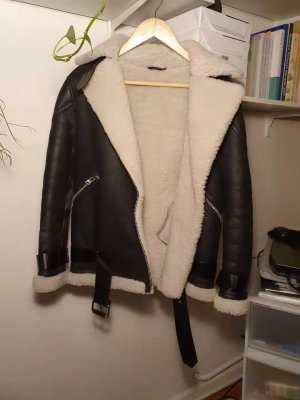 Allsaints Skórzana kurtka czarny-w kolorze białej wełny