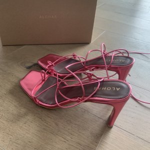 Alohas Strapped Sandals pink