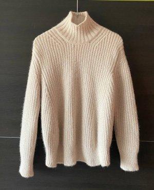 Alpaca wool Sweater Closed