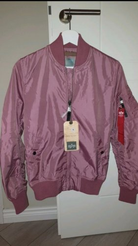 Alpha Industries Overgangsjack roze