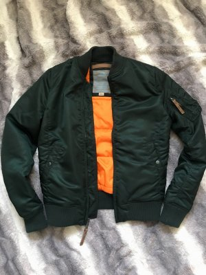 Alpha Industries Chaqueta bomber verde bosque-naranja neón
