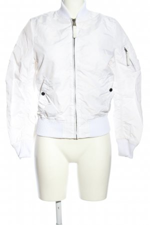 Alpha Industries Chaqueta bomber blanco look casual