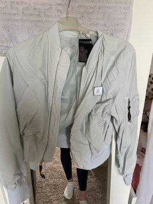Alpha Industries Bomber Jacket white