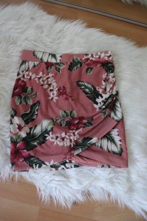 Altrosafarbener Minirock mit Blumenprint