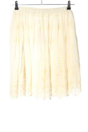 ambra Falda de encaje crema look casual