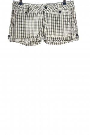 America Today Hot Pants white-black check pattern casual look