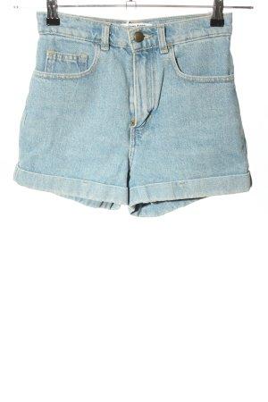 American Apparel Pantalón corto azul look casual