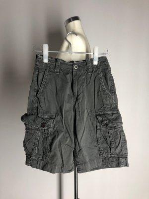 American Eagle Outfitters Pantalón corto de talle alto gris Algodón