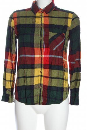 American Eagle Outfitters Lumberjack Shirt check pattern casual look