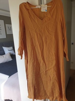 American Vintage Robe mi-longue orange doré