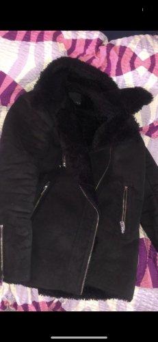 Amisu Futrzana kurtka czarny
