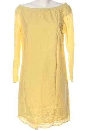 Amy Vermont Sukienka midi bladożółty W stylu casual