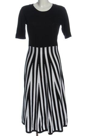 Amy Vermont Swetrowa sukienka czarny-biały Wzór w paski W stylu casual