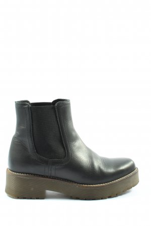 AN OTHER A Chelsea Boots