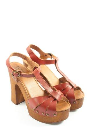 AN OTHER A Sandalen met bandjes en hoge hakken rood-bruin casual uitstraling