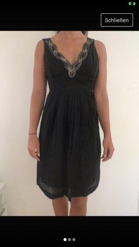 Ana Alcazar Vestido de manga corta negro