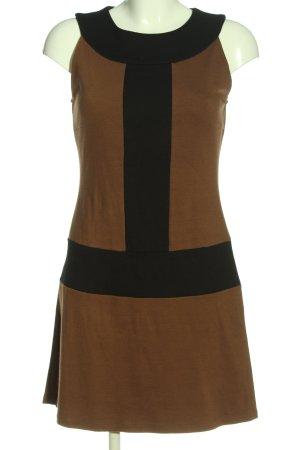 Ana Alcazar Mini vestido marrón-negro look casual