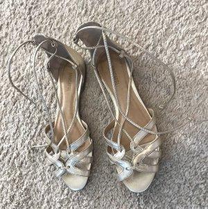 Sandalo romano oro