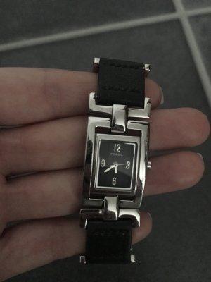 Analoge Armbanduhr Fossil
