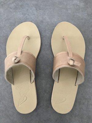 Ancient greek sandals Sandalias con talón descubierto beige Cuero