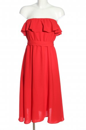 Andrea Hedenstedt x NA-KD Bandeau Dress red casual look