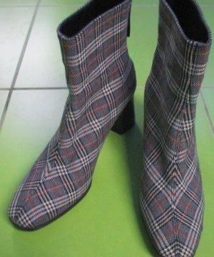 angesagte karierte Stiefelette von Paco Gil aus Textil mit 7,5 cm-Absatz