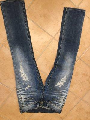 Angesagte Pepe Jeans im Used-Look !