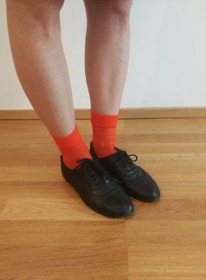 London Rebel Wingtip Shoes black