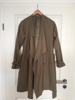 Angesagter Trenchcoat in khaki von Monki, Gr. XS