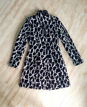C&A Clockhouse Short Coat black-white cotton