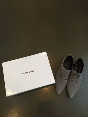 Anine Bing Chelsea Boots light grey