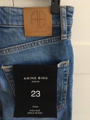 Anine Bing Jeansy biodrówki niebieski