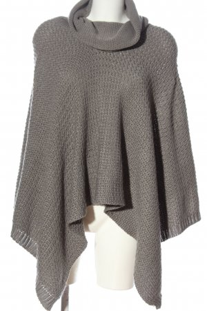 Aniston Poncho gris claro look casual